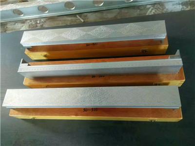 镁铝方筒型平尺